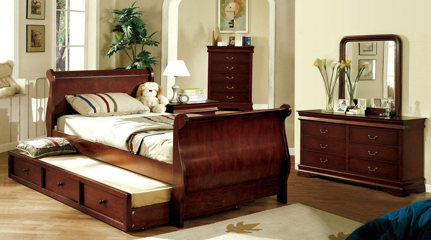 Best Louis Philippe Jr Dark Cherry Platform Sleigh Bedroom Set With Pictures