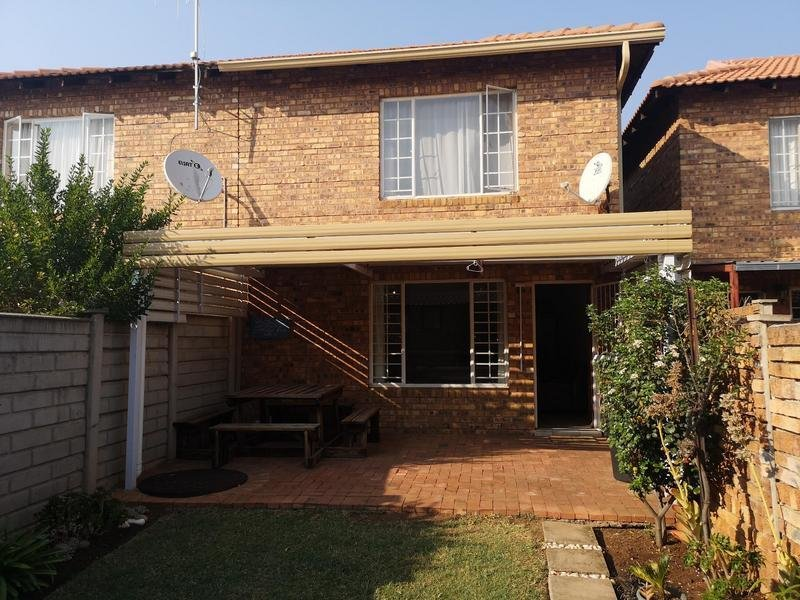 Best 2 Bedroom Townhouse For Sale In Annlin Pretoria With Pictures