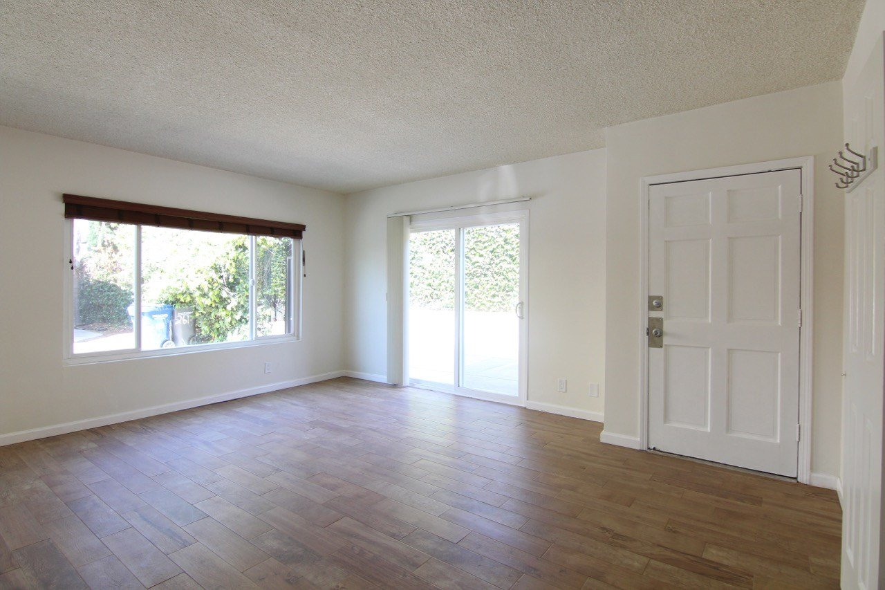 Best 2 Bedroom Apartment For Rent In Signal Hill Near Long Beach With Pictures