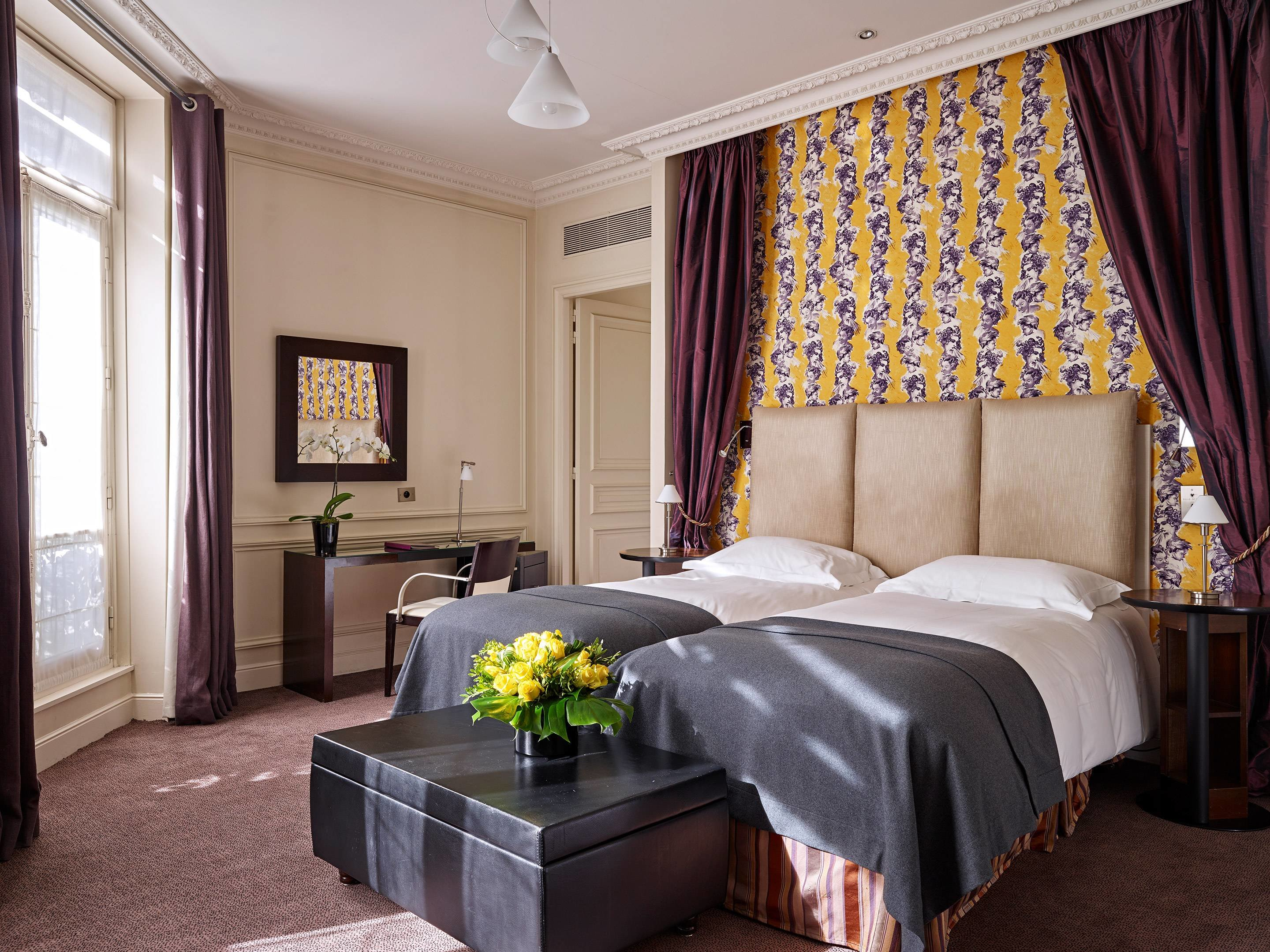 Best Five Star Rooms Suites In Paris La Tremoille Hotel With Pictures