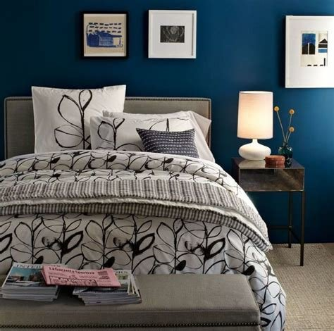 Best Simple Floral Bedding Set With Solid Dark Blue Wall Paint With Pictures
