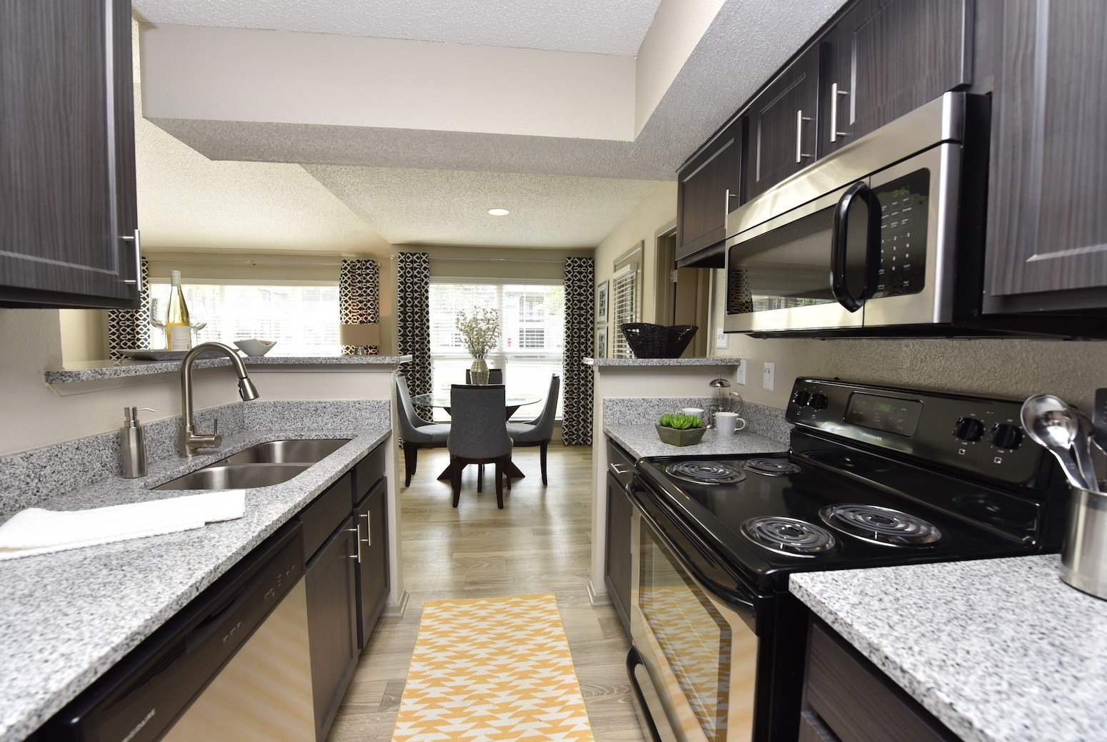 Best Apartments In Augusta Ga The Metropolitan One Bedroom With Pictures