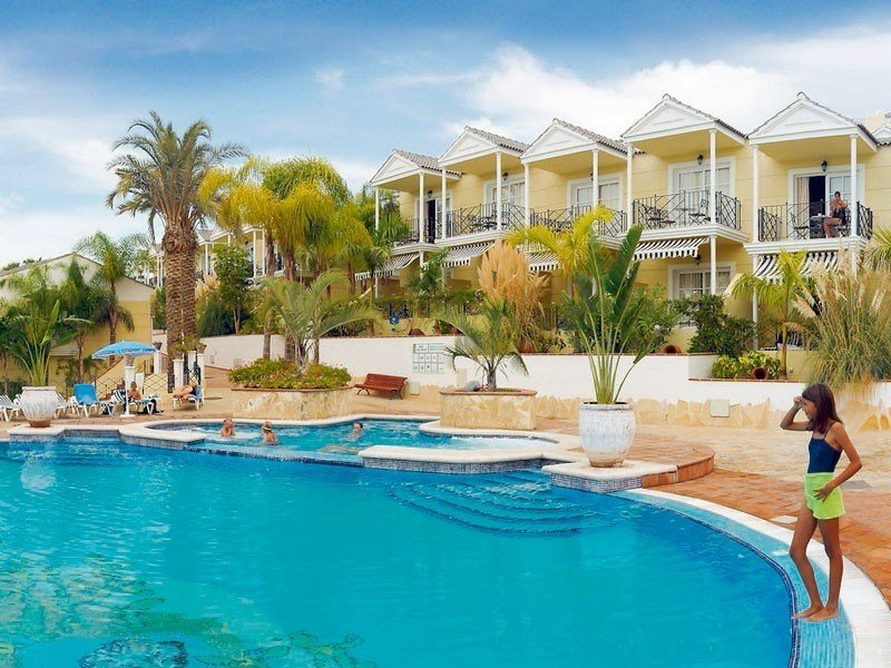 Best 2 Bedroom Apartment Property For Sale In Playa De Las With Pictures