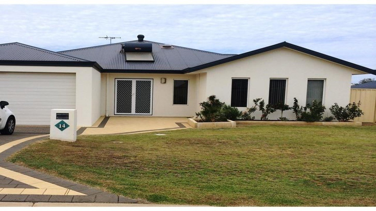 Best House For Rent 14 Portside Road Drummond Cove 6532 Wa Stunning 3 Bedroom Houses For Rent With Pictures
