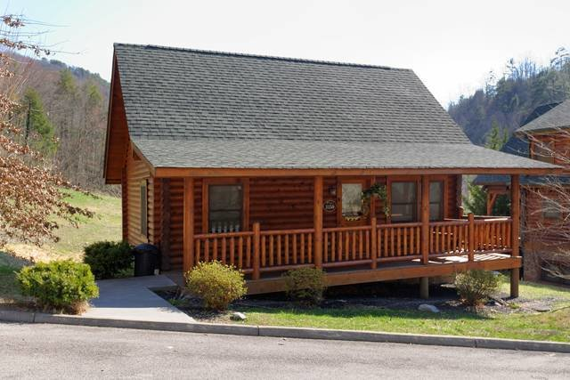 Best Moose Inn 2 Bedroom Cabin Rental Smoky Mountain Ridge With Pictures