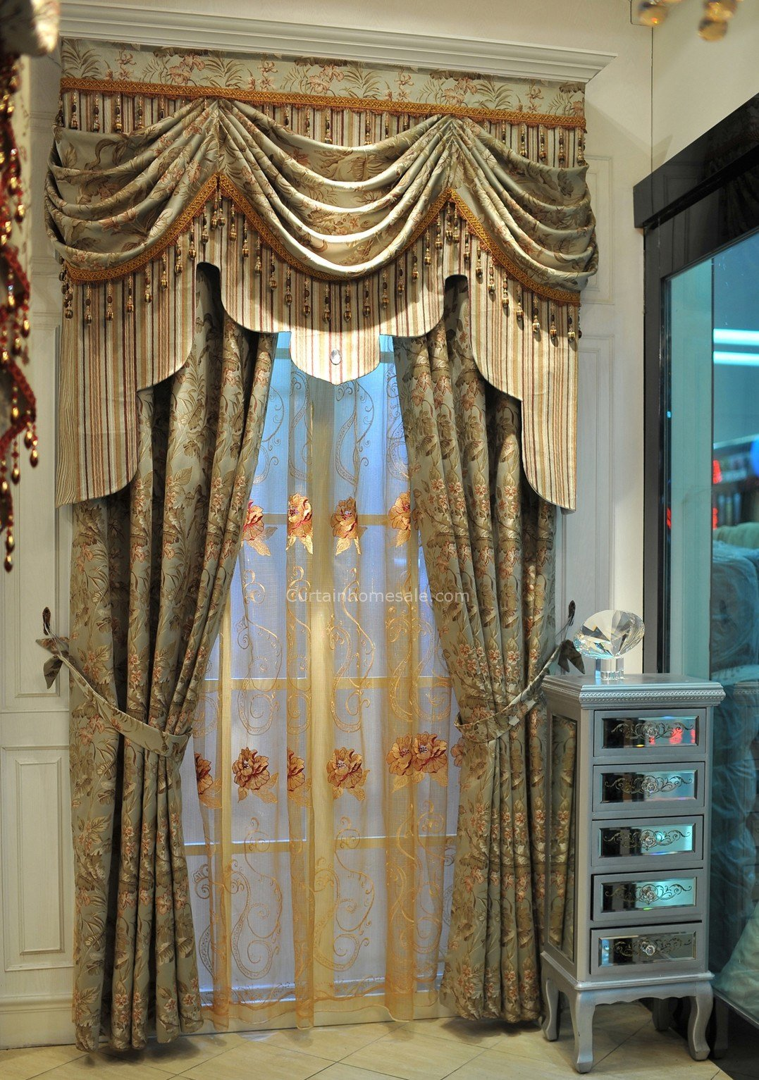 Best Vintage Lace Curtains In Combined Green Color For Fancy Living Room Or Bedroom With Pictures