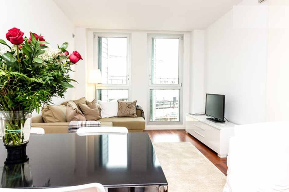 Best Furnished One Bedroom Apartment For Rent In Barceloneta With Pictures
