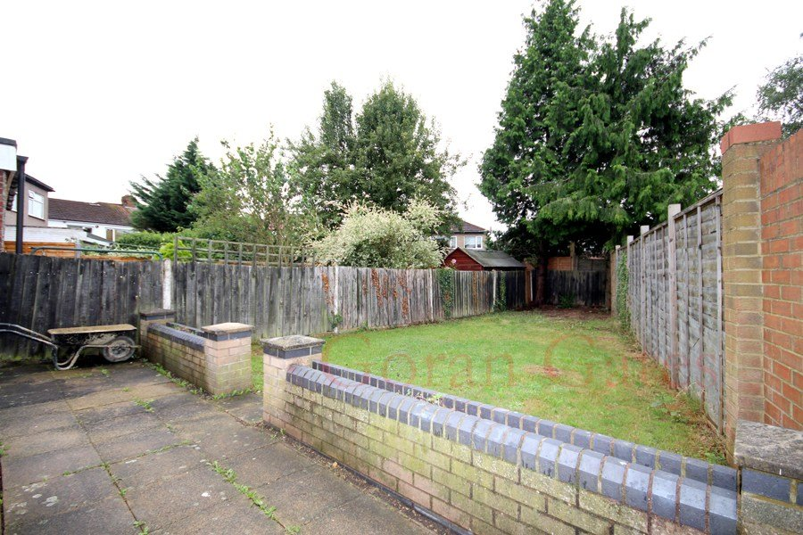 Best 3 Bedroom End Terrace For Rent In Walton Avenue South With Pictures