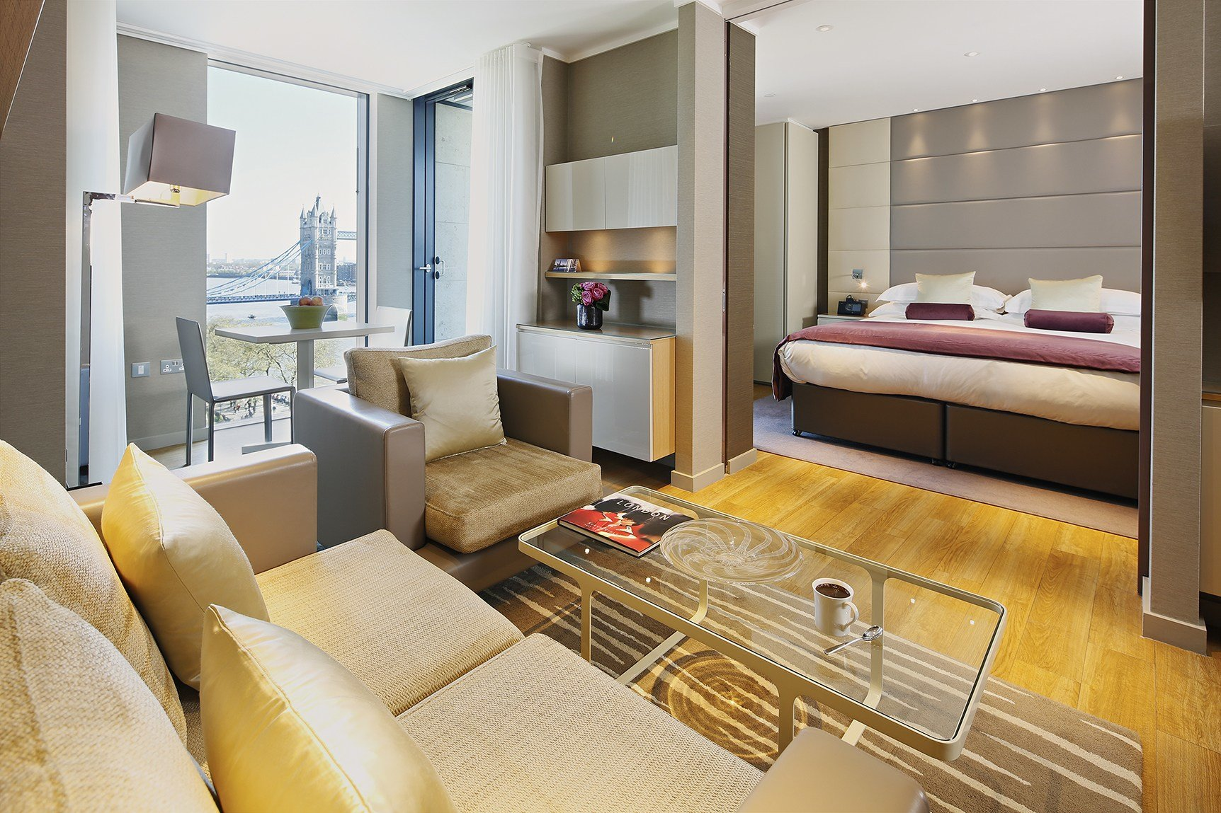 Best Cheval Three Quays Luxury 1 Bedroom Apartments With Pictures