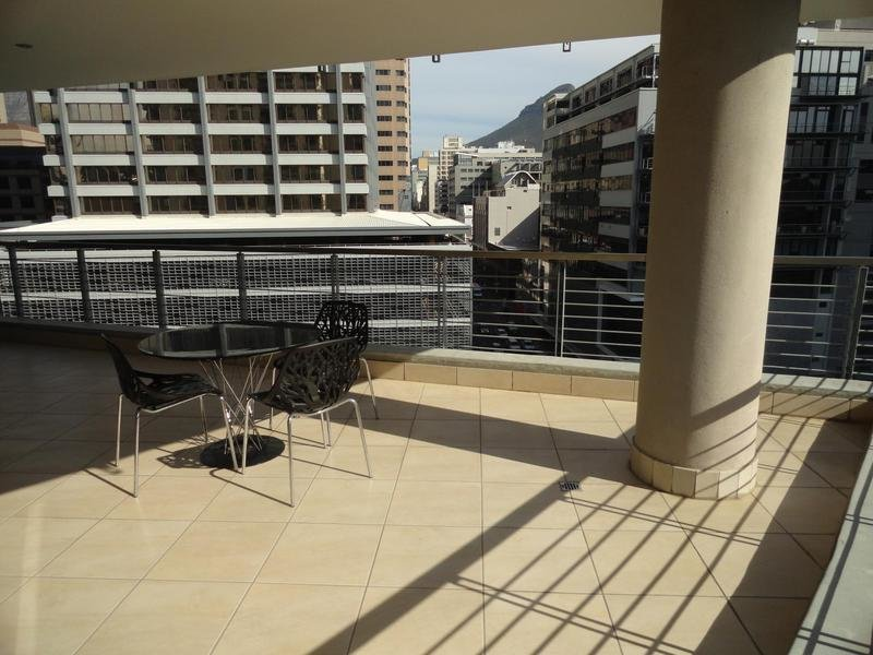 Best 2 Bedroom Apartment Flat For Sale In Cape Town Cbd Cape With Pictures