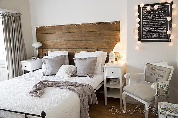 Best Bedroom Decorating In Grey And White With A Crochet Bedspread With Pictures