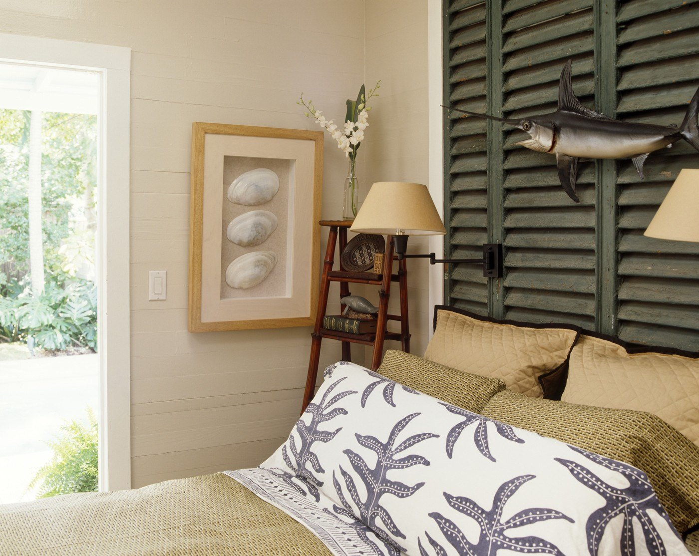 Best Beach Themed Bedroom Photos Design Ideas Remodel And With Pictures
