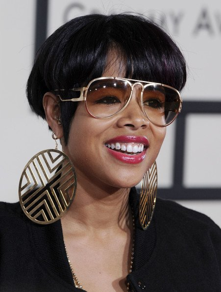 Free Kelis Bowl Cut Kelis Short Hairstyles Looks Stylebistro Wallpaper