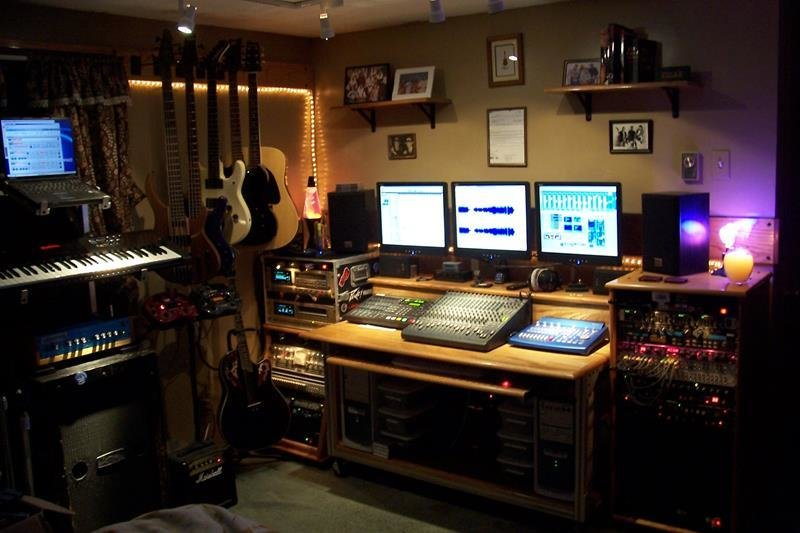 Best 18 Amazing Home Studio Setups Any Musician Would Love With Pictures