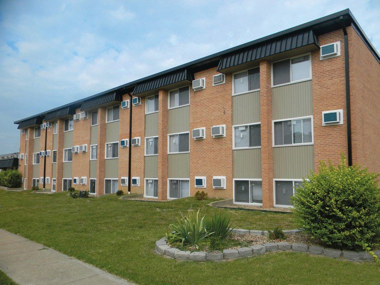 Best Ashburn Court Apartments Carbondale Il Apartment Finder With Pictures