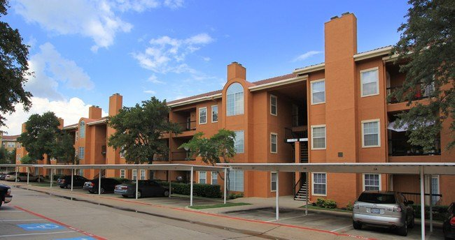 Best The Marabella Apartments Irving Tx Apartment Finder With Pictures