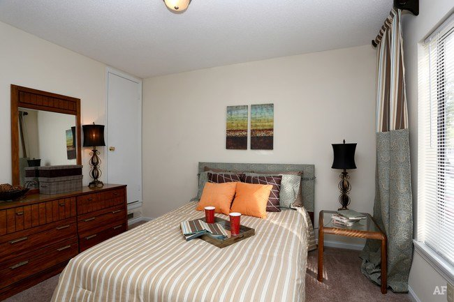 Best Pinewood Apartments Wilmington Nc Apartment Finder With Pictures