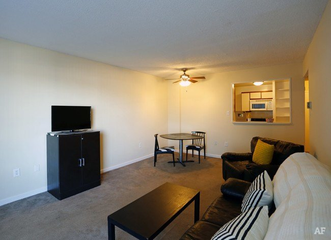 Best Blair Tower Memphis Tn Apartment Finder With Pictures
