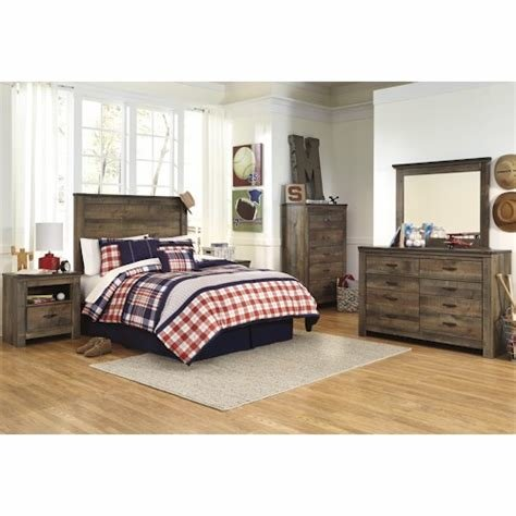 Best Signature Design By Ashley Trinell Full Bedroom Group With Pictures