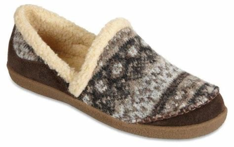 Best Acorn Womens Crosslander Moc Slippers Cafe Womens With Pictures