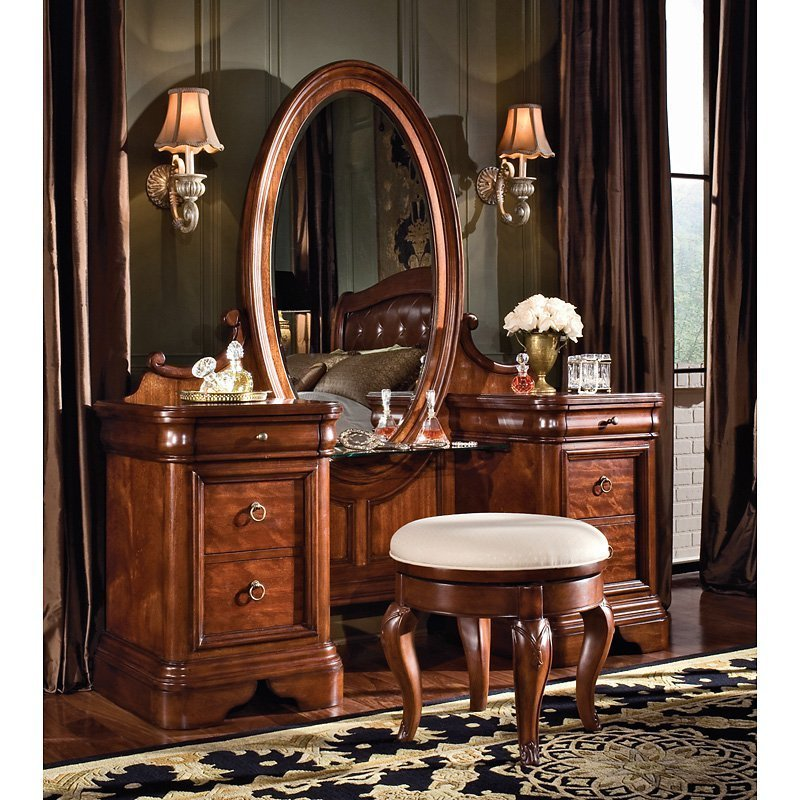 Best Vintage Bedroom Vanity Set Bedroom Vanities At Hayneedle With Pictures
