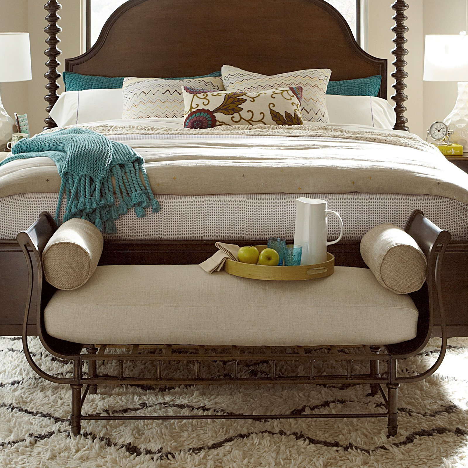 Best Universal Furniture Cordevalle Bed Bench Bedroom Benches With Pictures