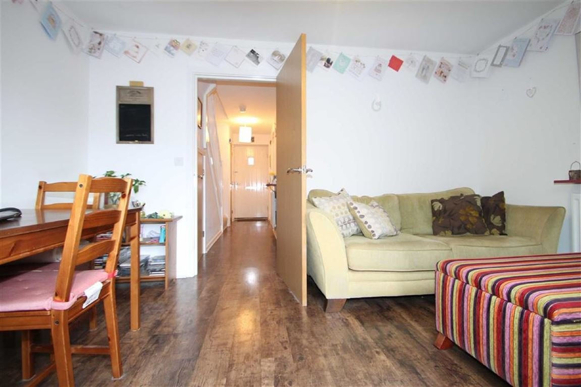Best 2 Bedroom Mews House For Sale In Stuart Street Manchester With Pictures