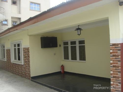 Best For Rent 3 Bedroom Bungalow Back House Opebi Ikeja With Pictures