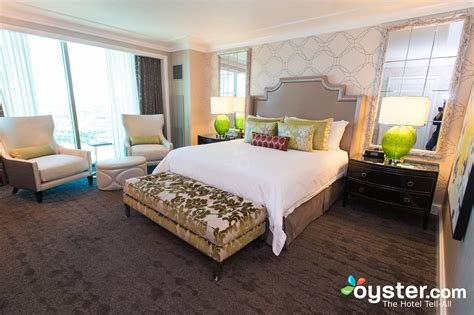 Best The One Bedroom Str*P View Suite At The Four Seasons Hotel With Pictures