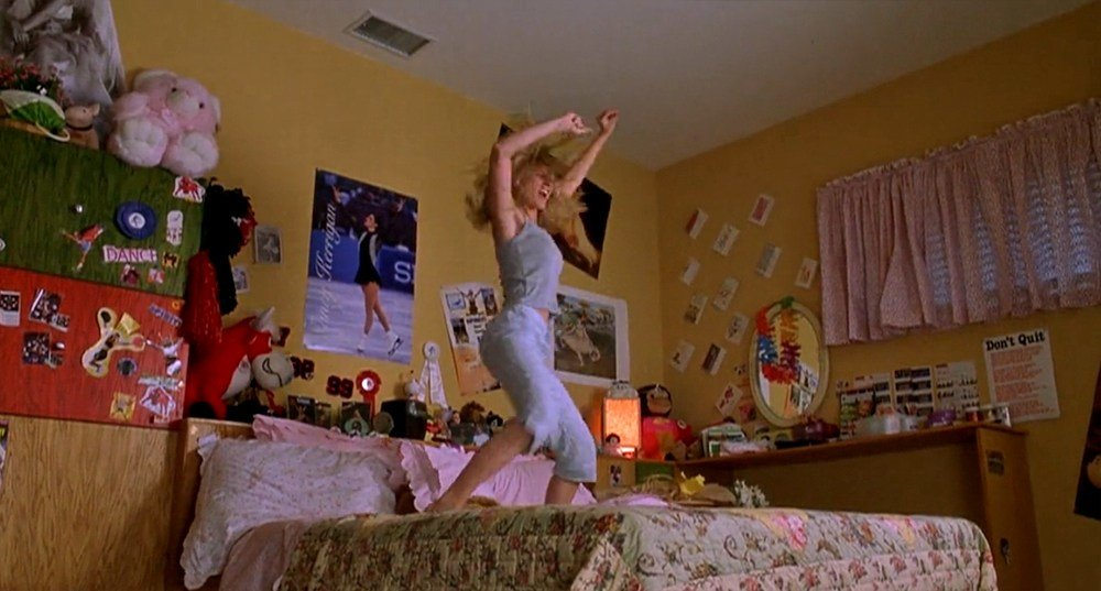 Best This Tumblr Is An Ode To T**N Girl Movie Bedrooms And We With Pictures