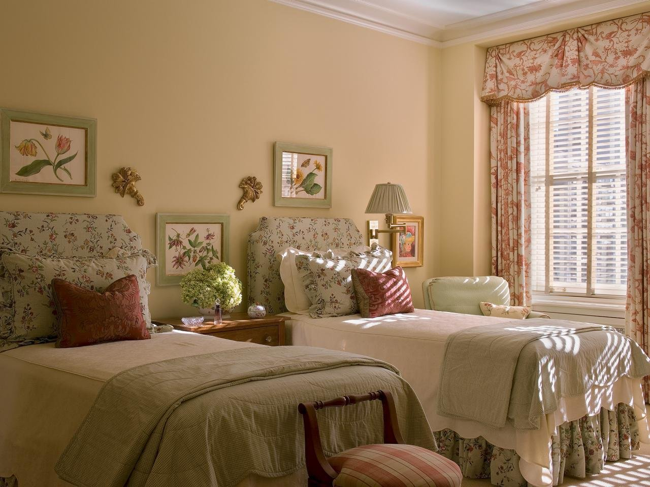 Best Country Bedroom Photos Hgtv With Pictures