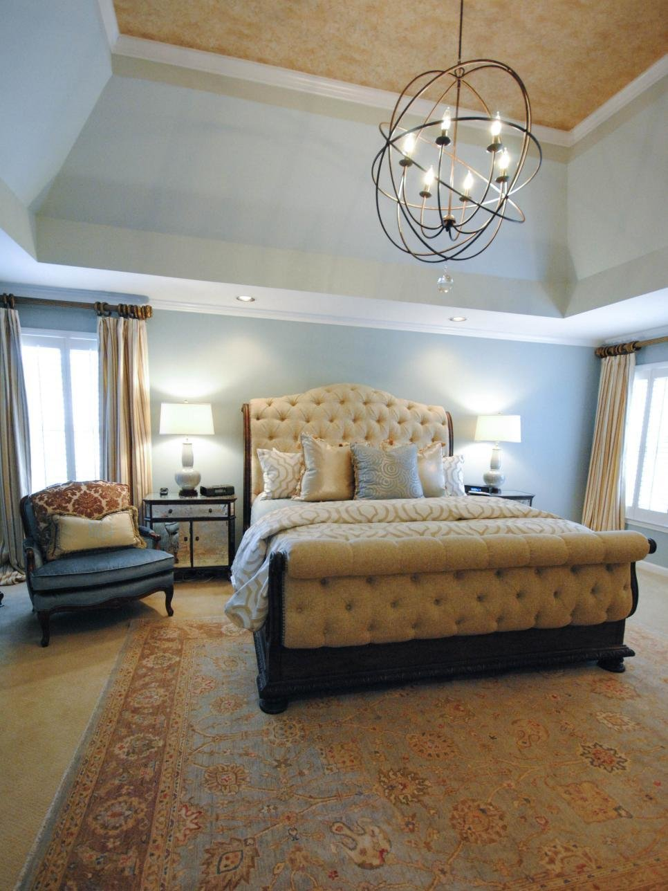 Best Pictures Of Dreamy Bedroom Chandeliers Hgtv With Pictures
