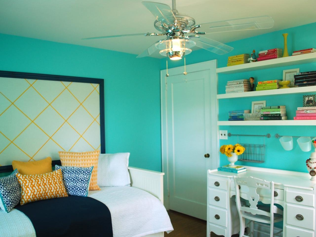 Best Teenage Bedroom Color Schemes Pictures Options Ideas Home Remodeling Ideas For Basements With Pictures