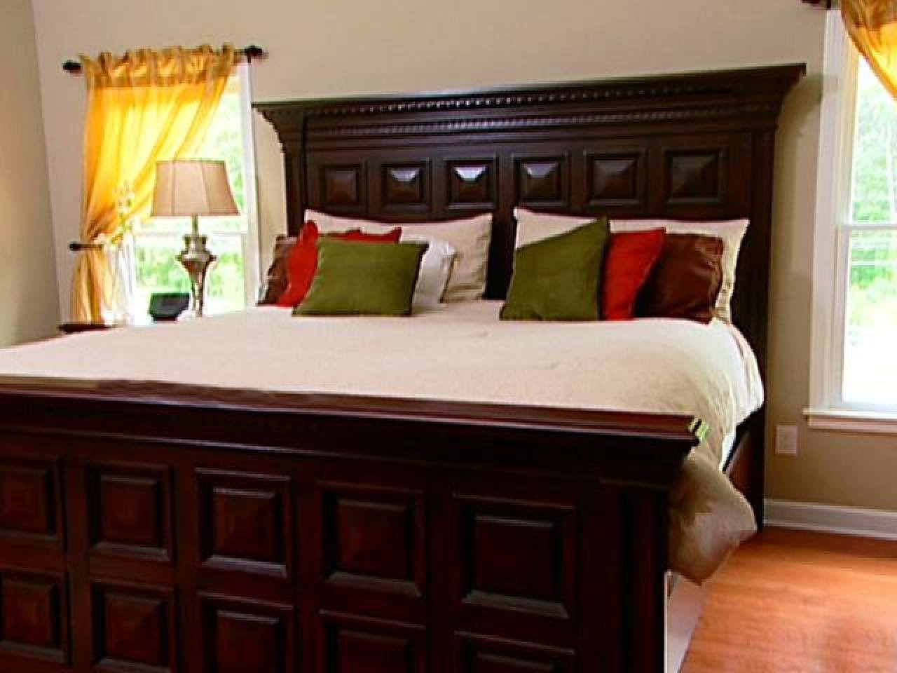 Best Quick Tips For Organizing Bedrooms Easy Ideas For With Pictures