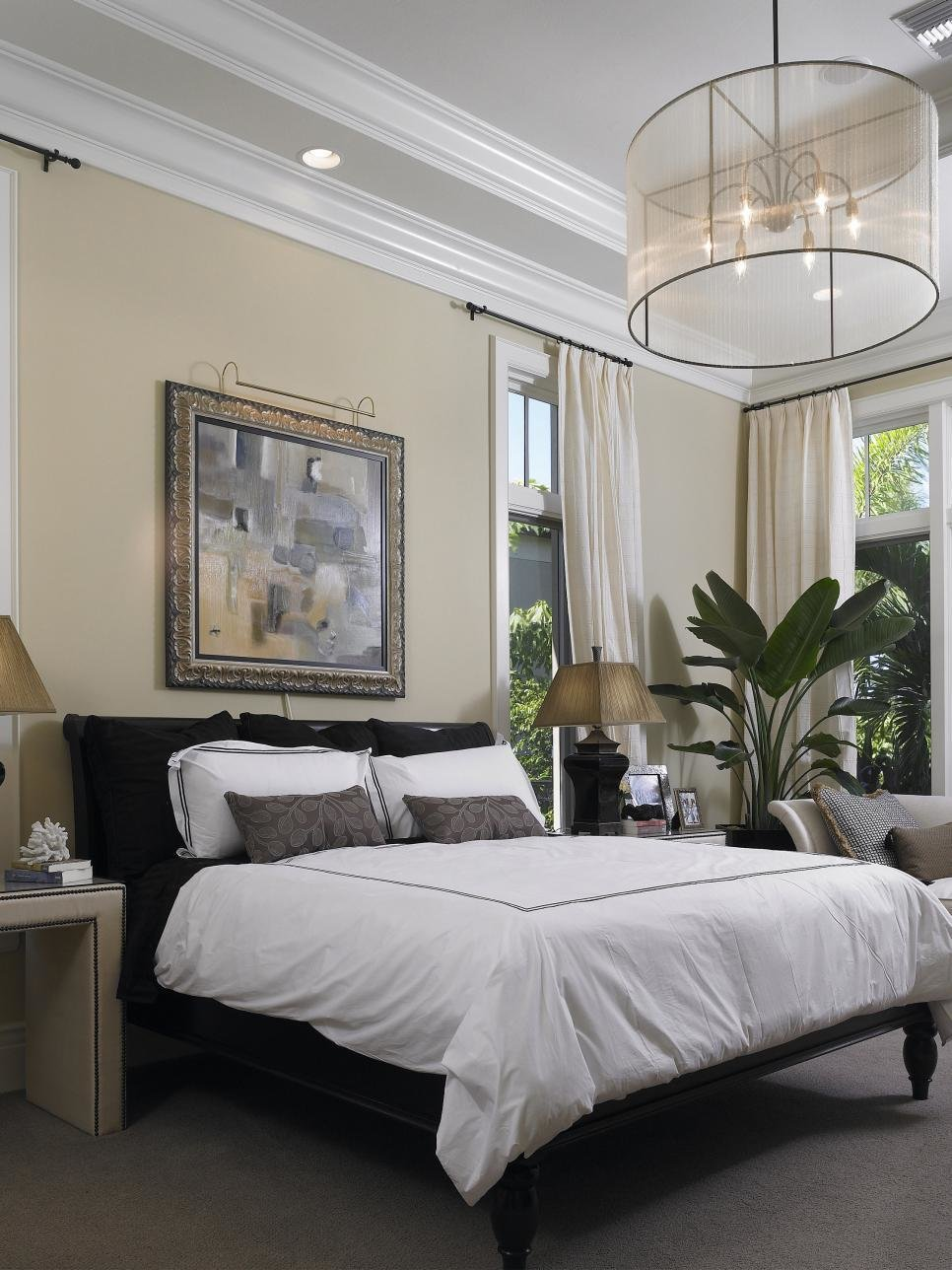 Best 10 All White Bedroom Linens Hgtv With Pictures