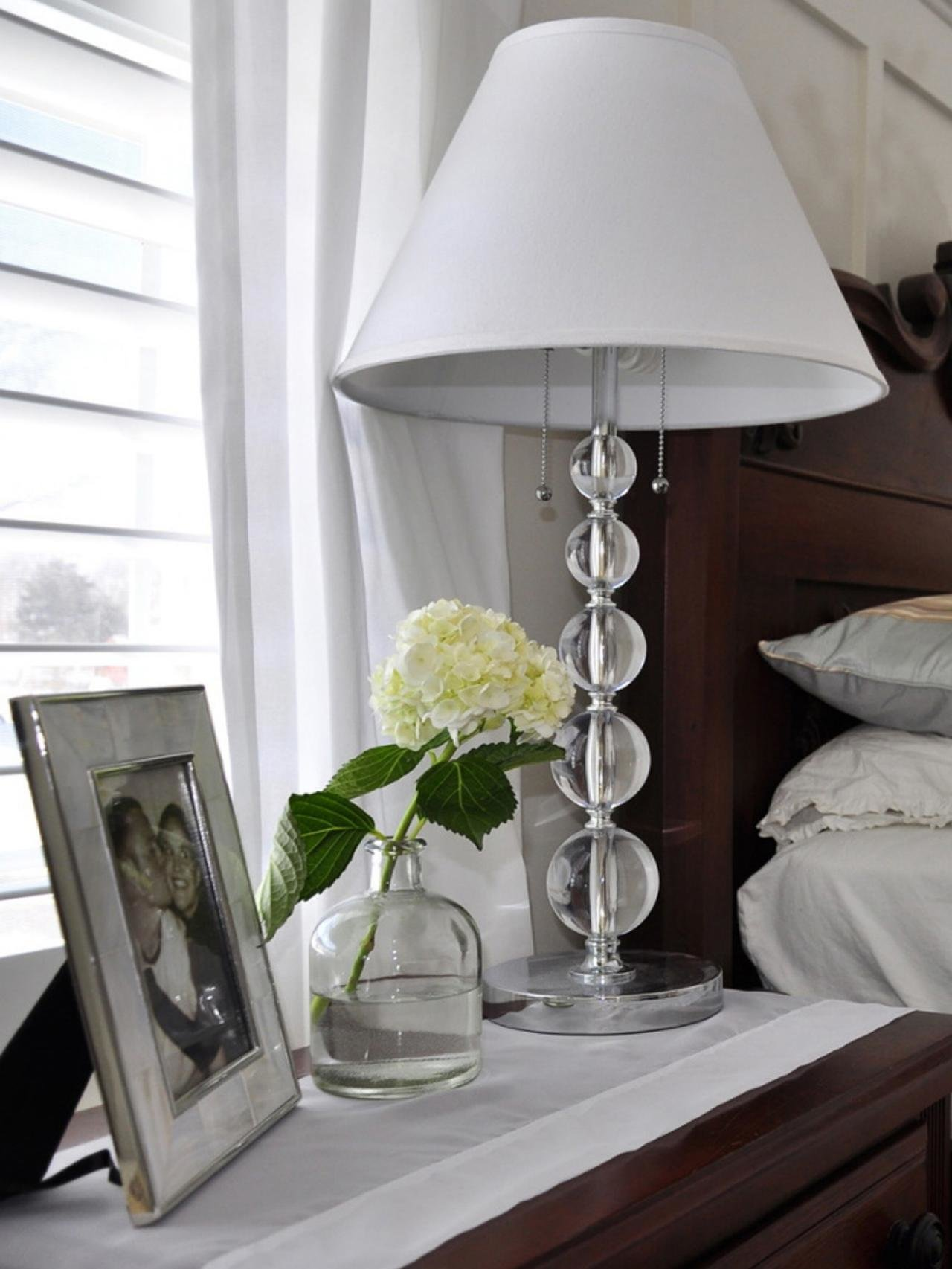 Best Glass Elegance This Clear Glass Lamp And White Shade Are With Pictures