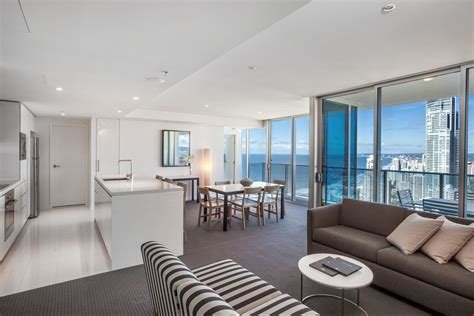 Best 2 Bedroom Deluxe Ocean View Residence Living Area Hilton With Pictures