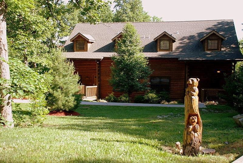 Best Cabins At Grand Mountain 1 Bedroom Cabin The Travel Office With Pictures