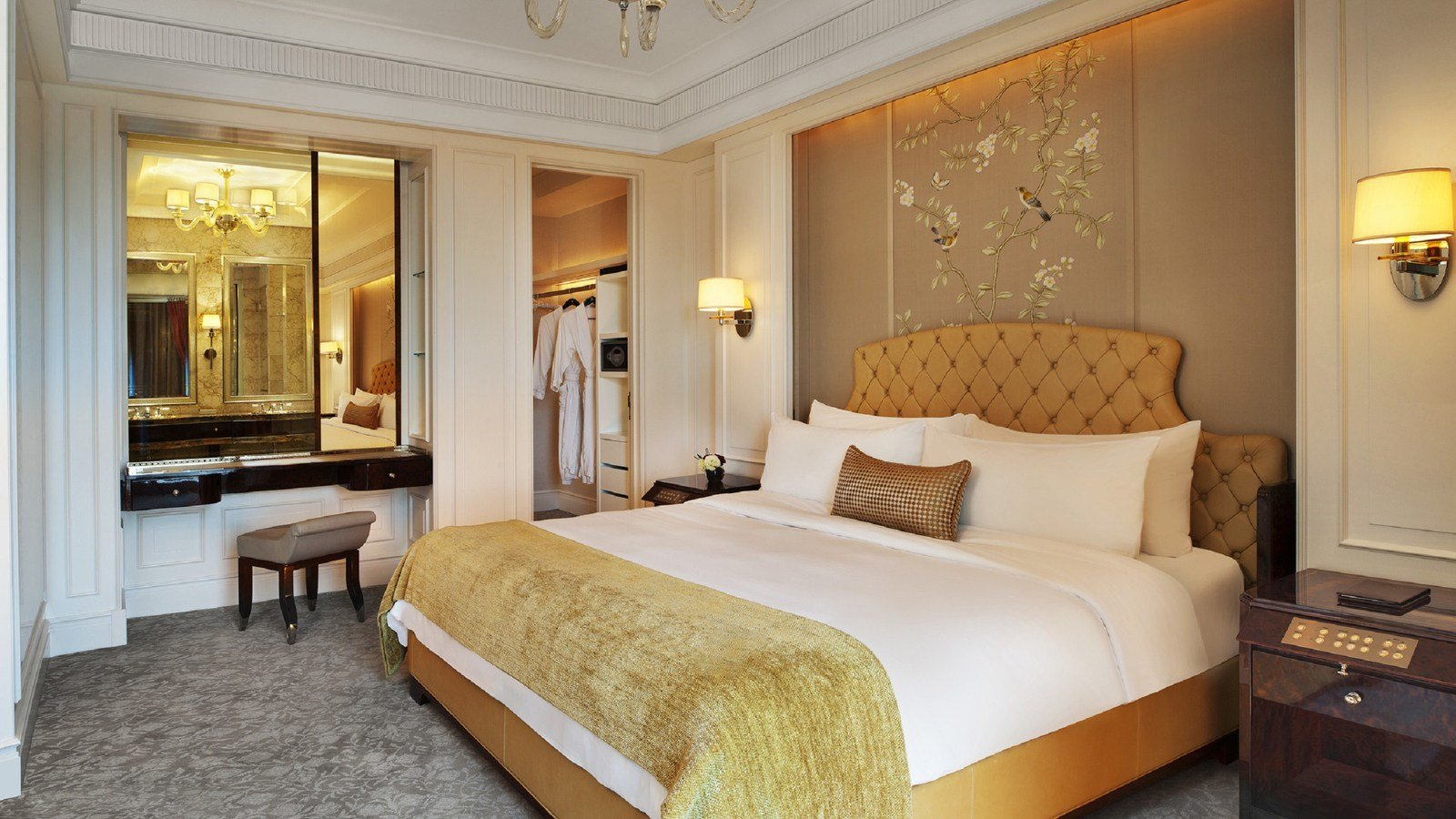 Best Singapore Luxury Hotel Lady Astor Room At The St Regis With Pictures
