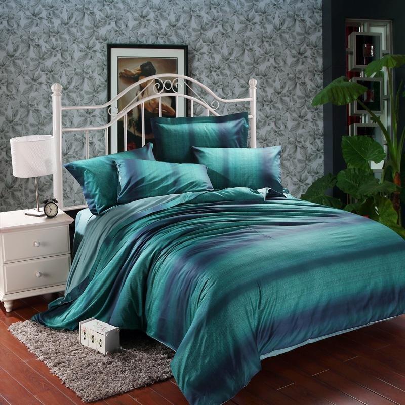 Best Modern And Elegant Bedroom With Dark Teal Bedding Atzine Com With Pictures