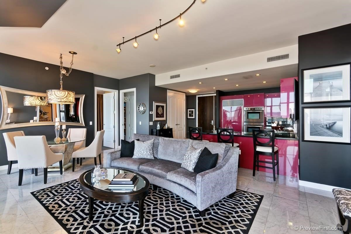 Best 2 Bedroom Condo For Sale In Downtown San Diego 921 With Pictures