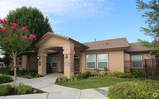 Best 1 Bedroom Senior Housing For Rent In Bakersfield Ca With Pictures