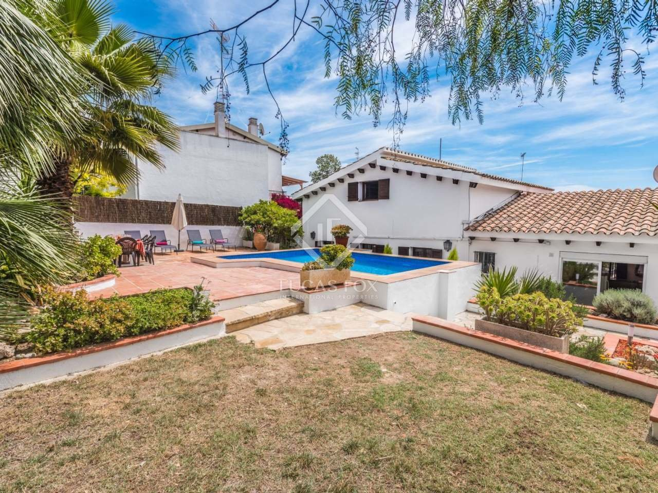Best 4 Bedroom House With A Pool For Sale In Vallpineda With Pictures