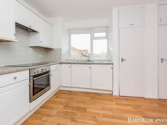 Best Flats Victoria Road Romford Mitula Property With Pictures