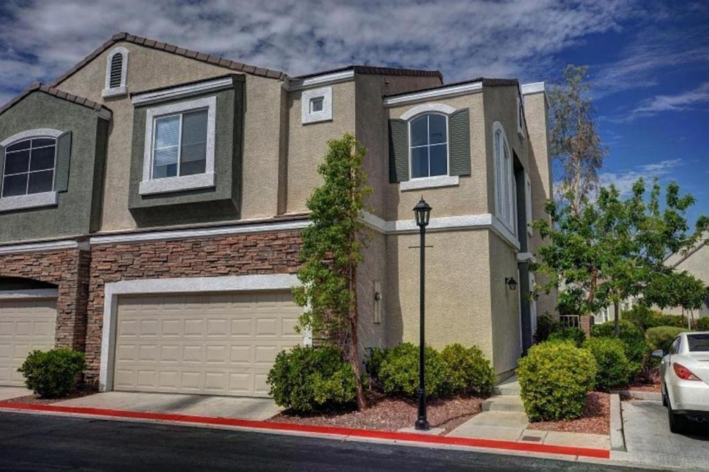 Best 2 Master Bedroom Apartments Las Vegas Mitula Homes With Pictures