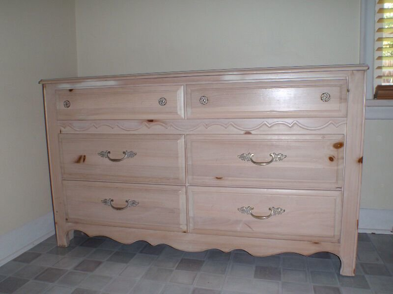 Best Bedroom Furniture Multi Item Calgary Kijiji With Pictures