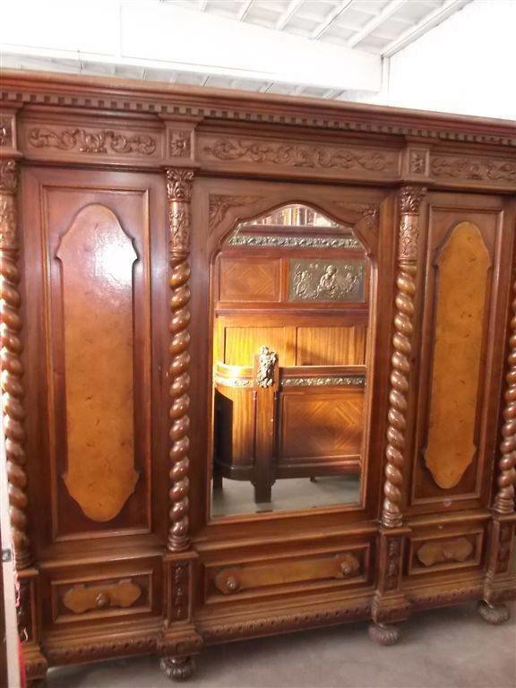 Best Beautiful Carved Italian Designer Walnut Antique Bedroom With Pictures