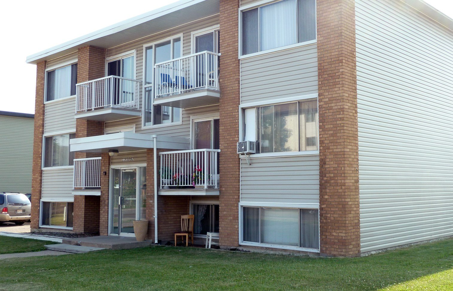 Best Edmonton Downtown One Bedroom Apartment For Rent Ad Id With Pictures