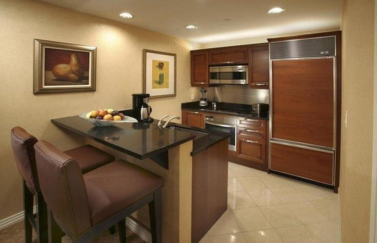 Best One Bedroom Balcony Suite Picture Of Signature At Mgm With Pictures