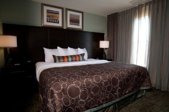 Best 2 Bedroom 2 Bath Suite One King Bed One Queen Bed With Pictures